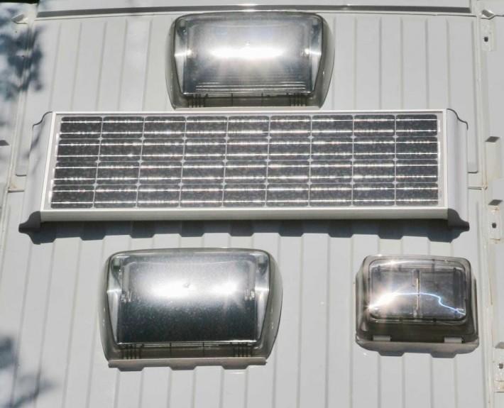 panel solar 710x575 INSTALACIONES Y MONTAJES
